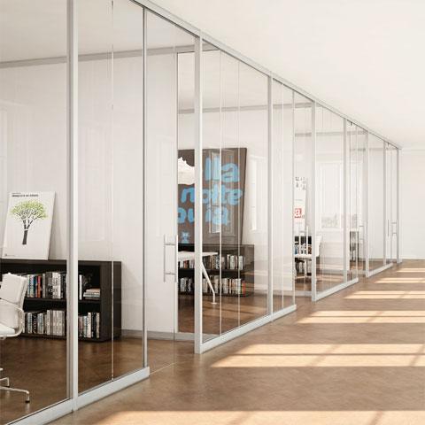 Pareti divisorie per ufficio in vetro for Divisori mobili per ufficio