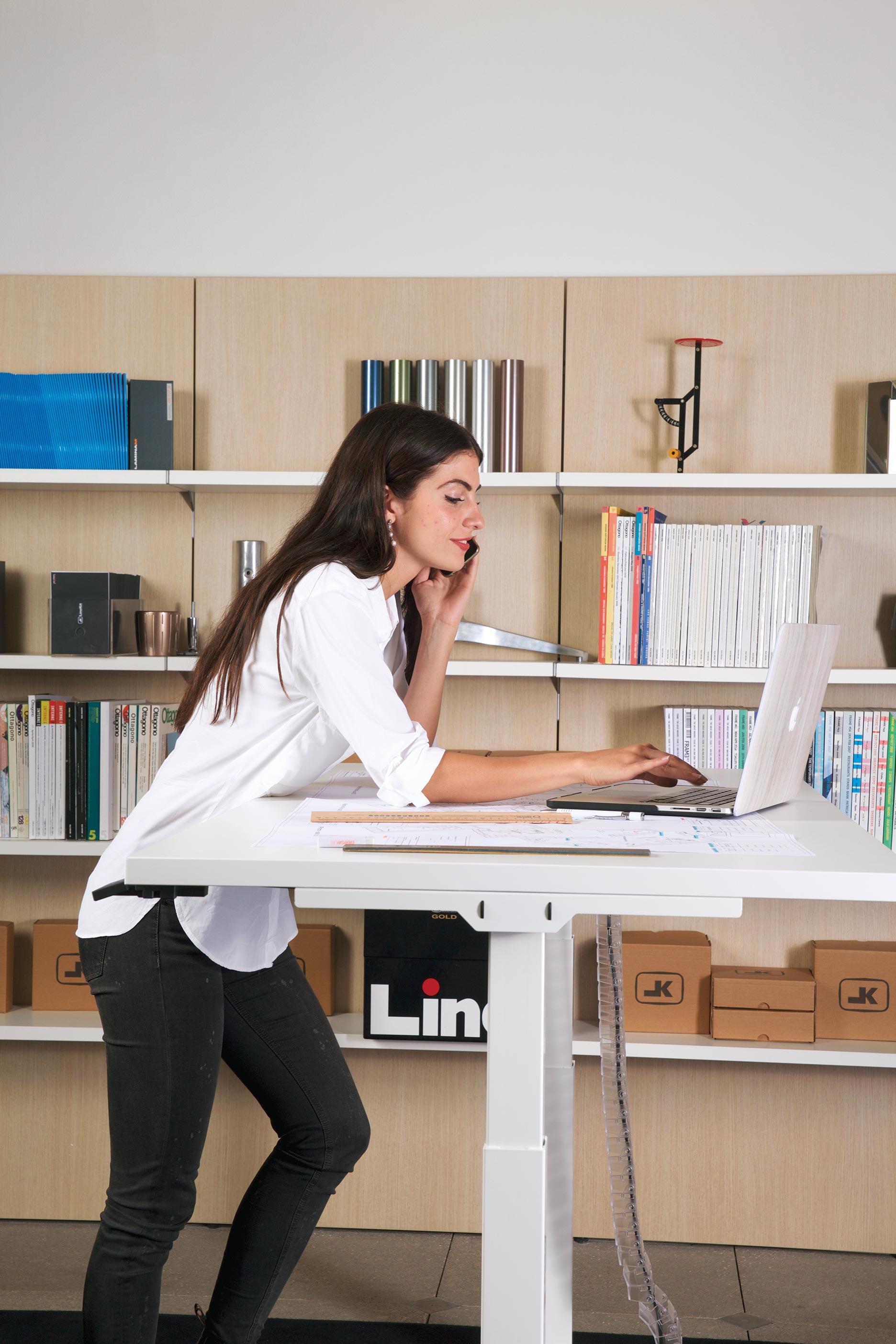 scrivania-regolabile-elettricamente