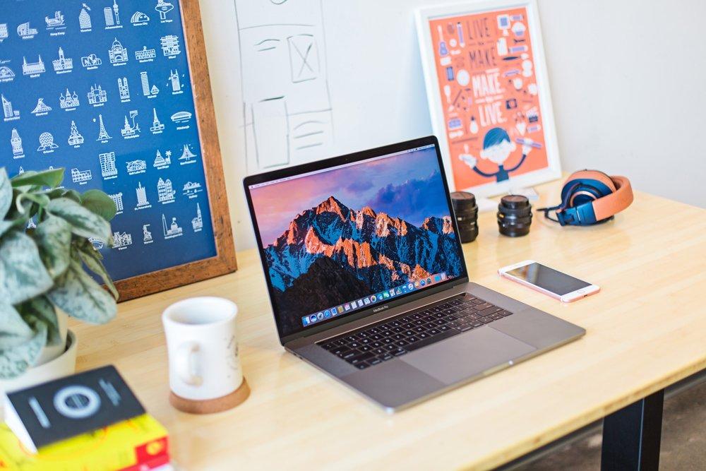 scrivanie-lavoro-in-casa-smartworking